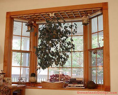Bay window for hanging plants and decor