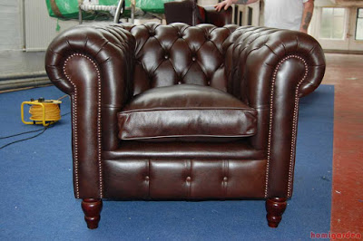 Image of How to Clean Leather Sofa with Vinegar - Best Way to Clean Leather Couch