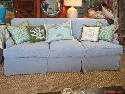 London sofa cover with summer pillows